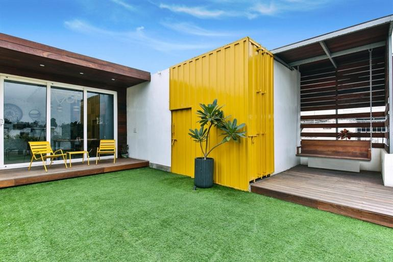 container-wood-house