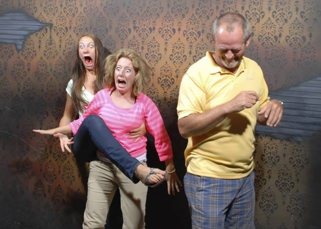 reaction-of-haunted-house