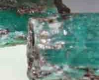 roubles-worth-emeralds-found-in-russian