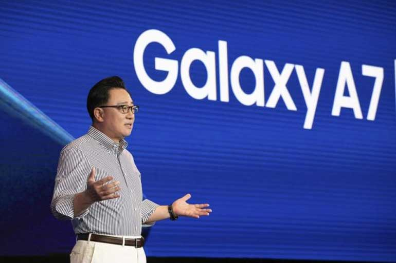 samsung-ceo-says-its-foldable-phone-is-tablet