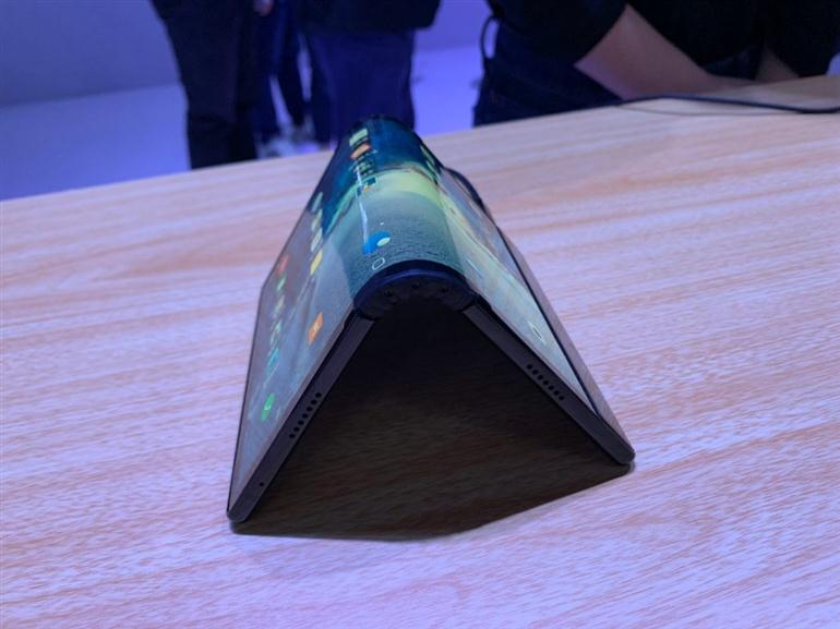 flexpai-the-worlds-first-foldable-phone