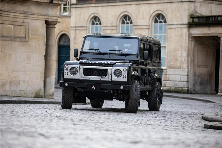 land-rover-defenders-1989