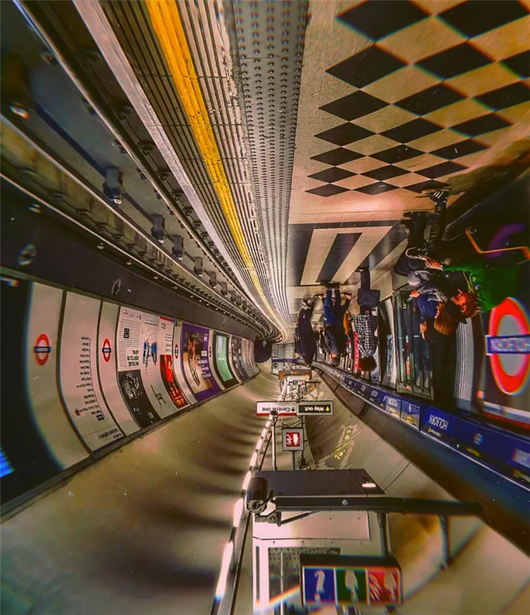 metro-stations-up-side-down-photos-london